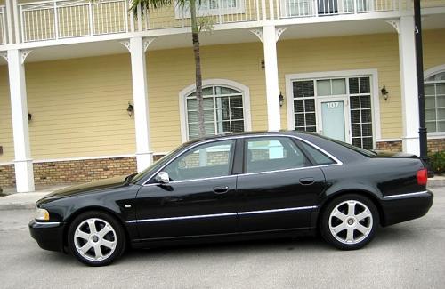 2002 Audi S8 quattro
